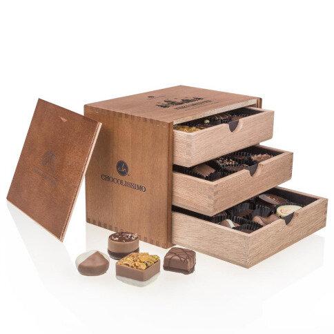Chocolissimo - Drevená škatuľka s čokoládovými pralinkami bez alkoholu - Merry Grande 375 g