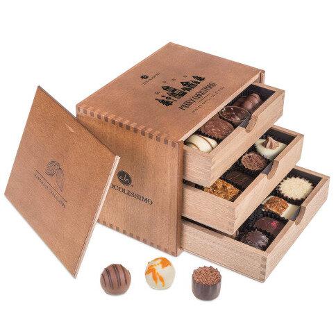 Chocolissimo - 3 podlažná drevená bonboniera na Vianoce 375 g